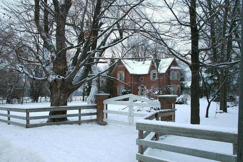 House in winter, radon testing in winter, Keystone ETS